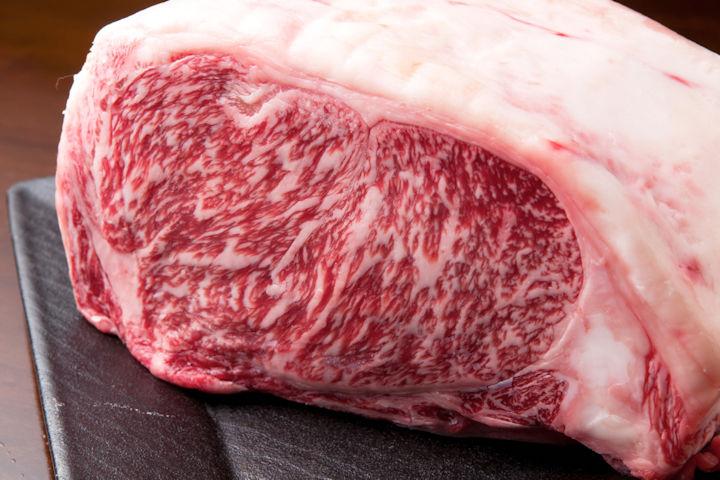 タンパク質豊富な牛肉