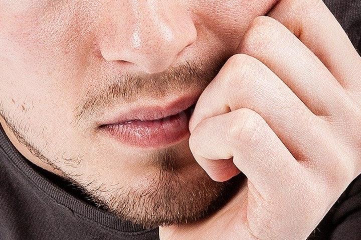 薄い髭を少しでも濃くする10の方法
